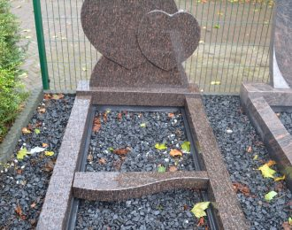 Grafsteen dubbel hart – model A1